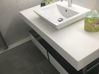 Bathrooms Leeds:  Bathroom by Doug Cleghorn Bathrooms, Industrial