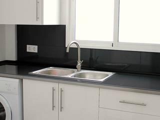 Reforma integral de cocina de Kevin Raeymaekers - KP Decor Studio Moderno