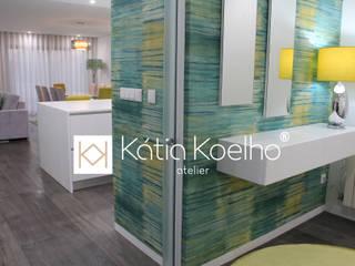 Projeto de Moradia em Esposende Corredores, halls e escadas minimalistas por Atelier Kátia Koelho Minimalista