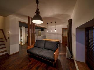 HouseY3: 一級建築士事務所 ima建築設計室が手掛けたリビングです。,