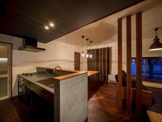 HouseY3: 一級建築士事務所 ima建築設計室が手掛けたシステムキッチンです。,