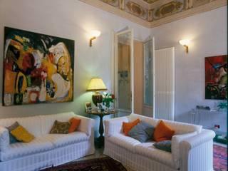 Studio Galantini 现代客厅設計點子、靈感 & 圖片