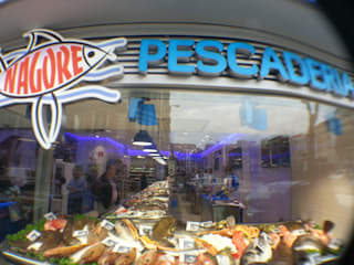 PESCADERIA: Espacios comerciales de estilo  de ABD