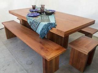 Mesa para terraza:  de estilo  por Noble&Rustico