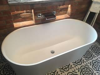 Bathroom Leeds:  Bathroom by Doug Cleghorn Bathrooms, Industrial