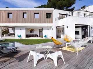 Casas estilo moderno: ideas, arquitectura e imágenes de Pixiflat Moderno