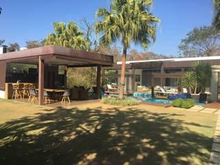 Área de Lazer Itu : Condomínios  por Ana Cano Milman arquitetura e design de interiores