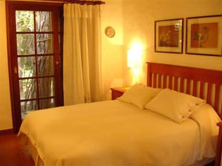 Deco Suite P&A - Casa Rey del Bosque - Carilo2018 de MSBergna.com Ecléctico