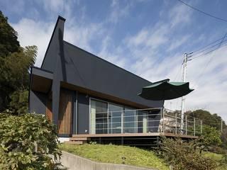 Navy Hills モダンな 家 の 株式会社横山浩介建築設計事務所 モダン