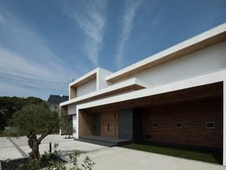 Maisons modernes par 株式会社横山浩介建築設計事務所 Moderne
