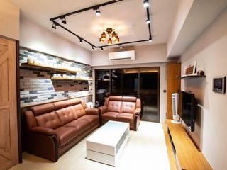 客廳:   by 藏私系統傢俱