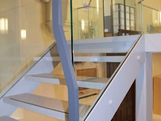 Frameless glass balustrade :  Stairs by Ion Glass