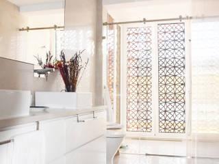 Baño Tamiz de luz: Baños de estilo  de SP_Arquitectura