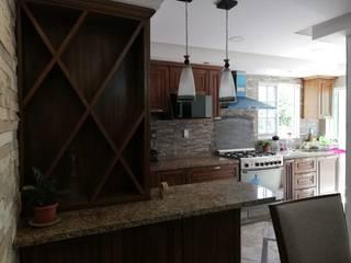 Cocina de 2 mts: Cocinas pequeñas de estilo  por Spazio Diseño de Interiores & Arquitectura