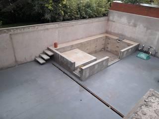 Nowoczesny basen od JPG Arquitectos Nowoczesny