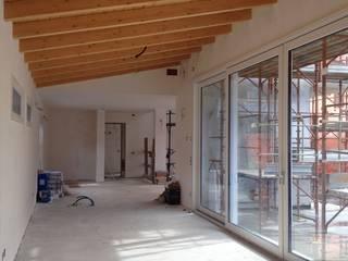 Moderner Flur, Diele & Treppenhaus von BENDOTTI ZAMBONI Tecnici Associati Modern