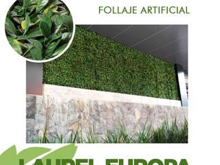Forraje Artificial: Jardines en la fachada de estilo  por Pasto Sintético Guadalajara