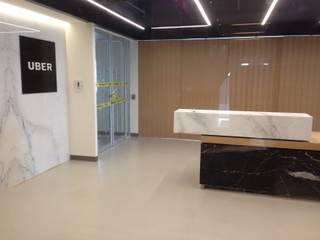 Estudios y despachos de estilo  de Geeko Design
