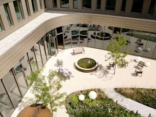 Senior living Andredw van Egmond | designing garden and landscape Clinics
