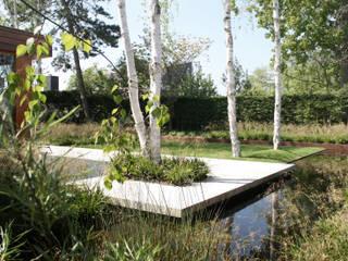by Andredw van Egmond | designing garden and landscape Мінімалістичний