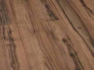 Thi công sàn gỗ Malaysia tại chung cư Ngoại Giao Đoàn:   by Sàn Gỗ 9X