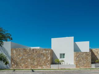 Casas de estilo  por LUIS GRACIA ARQUITECTURA + DISEÑO