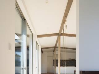 silver モダンスタイルの 玄関&廊下&階段 の e do design 一級建築士事務所 モダン
