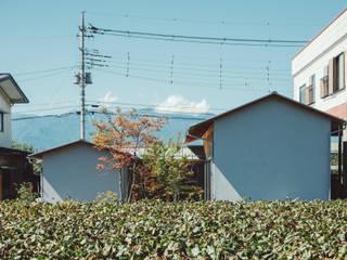 倉のある家: 稲山貴則 建築設計事務所が手掛けた木造住宅です。,