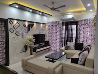 Living Room LCD Panel:  Living room by Design Kreations