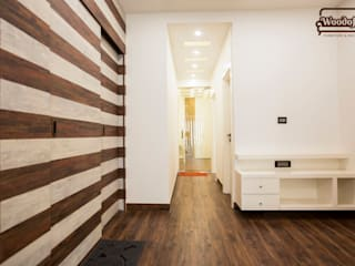 Hallway:  Corridor & hallway by Woodofa Lifestyle Pvt. Ltd.