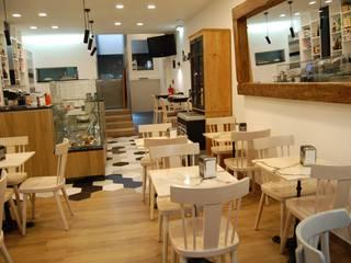 Projecto de Design de Interiores - Espaço de Restauração: Paredes  por Dar Azos - Oficina de Design,Eclético
