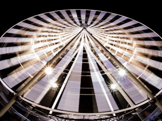 El showroom de möblum llegó a Puebla con lo mejor del diseño Espacios comerciales de estilo moderno de moblum Moderno
