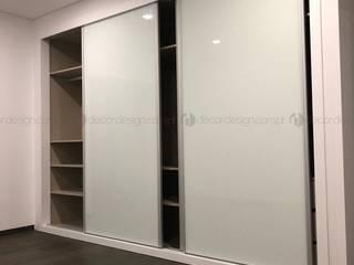 Decordesign Interiores BedroomWardrobes & closets