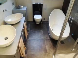 Individuelle Lösungen und außergewöhnliche Gestaltung Moderne Badezimmer von Bad Campioni Modern