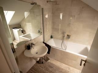 Bathroom by Bad Campioni
