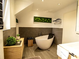 Modern bathroom by Bad Campioni Modern