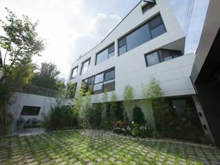 자곡동 J씨 하우스: designforn의  주택