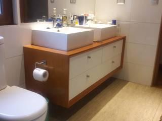 Muebles de Baño por SIMPLEMENTE AMBIENTE Baños de estilo moderno de SIMPLEMENTE AMBIENTE mobiliarios hogar y oficinas santiago Moderno