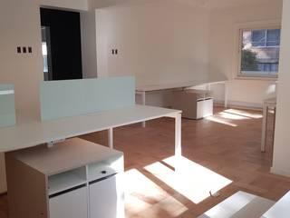 Muebles de oficina por SIMPLEMENTE AMBIENTE de SIMPLEMENTE AMBIENTE mobiliarios hogar y oficinas santiago Moderno