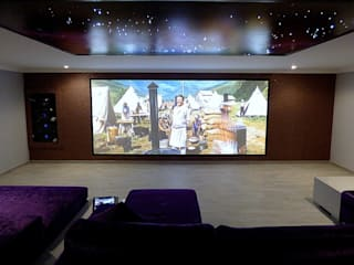 de Projection Dreams / CUSTOM CINEMA 360 LDA Minimalista