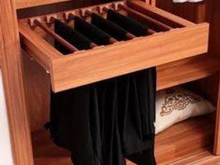 Modern dressing room by Monoceros Interarch Solutions Modern