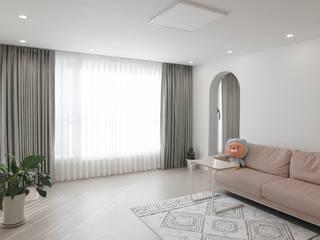غرفة المعيشة تنفيذ 홍예디자인