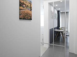 Corridor and hallway by 홍예디자인