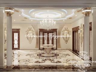 Дизайн дома в классическом стиле в Грозном: Коридор и прихожая в . Автор – Дизайн-студия элитных интерьеров Анжелики Прудниковой