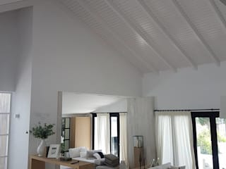 ESTRUCTURAS DE MADERAS RIGÓN, S.L. Rustic style living room Wood White