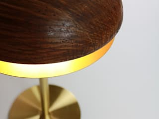 bolacha table lamp por HMD Interiors Moderno