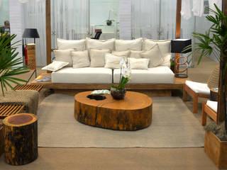Mesa de Centro em Madeira Maciça em Tronco com traços Rústicos por ArboREAL Móveis de Madeira Rústico
