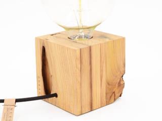 O Cubo, Candeeiro de Madeira:   por Qioske - Portuguese Designers
