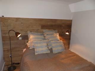 Tête de lit en bois:  de style  par sandrine THOOR