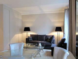 appartement contemporain paris : Salon de style  par sandrine THOOR